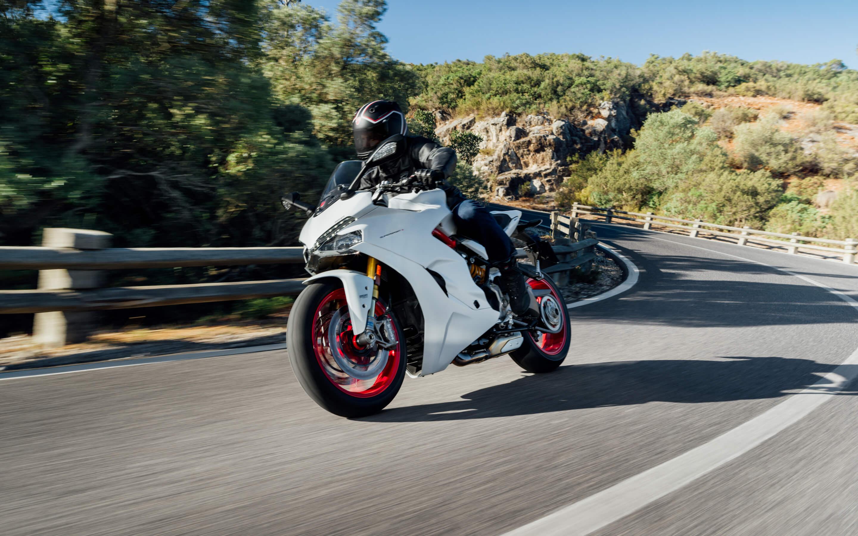 nouvelle ducati supersport 900 peronnas s team motos. Black Bedroom Furniture Sets. Home Design Ideas