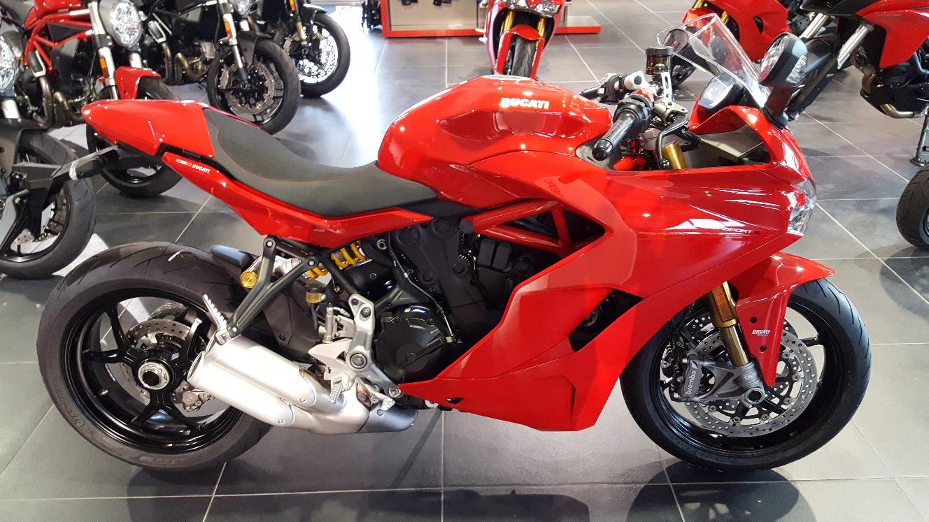 ducati supersport s 939 occasion moto ain 1 s team motos. Black Bedroom Furniture Sets. Home Design Ideas
